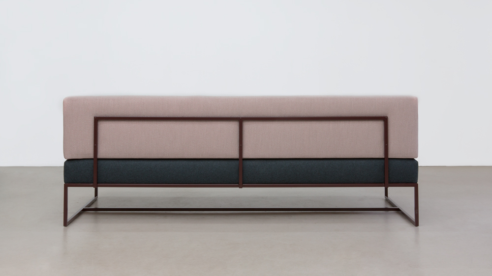 CIRCUS COUCH